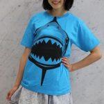 サメのTシャツ 動物戦隊ジュウオウジャー のジュウオウシャーク Tシャツになって登場
