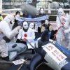 日本の捕鯨再開を批判するパフォーマンスにシャチが!? 2015年12月7日